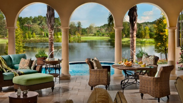 Disney Golden Oak luxury homes in Orlando