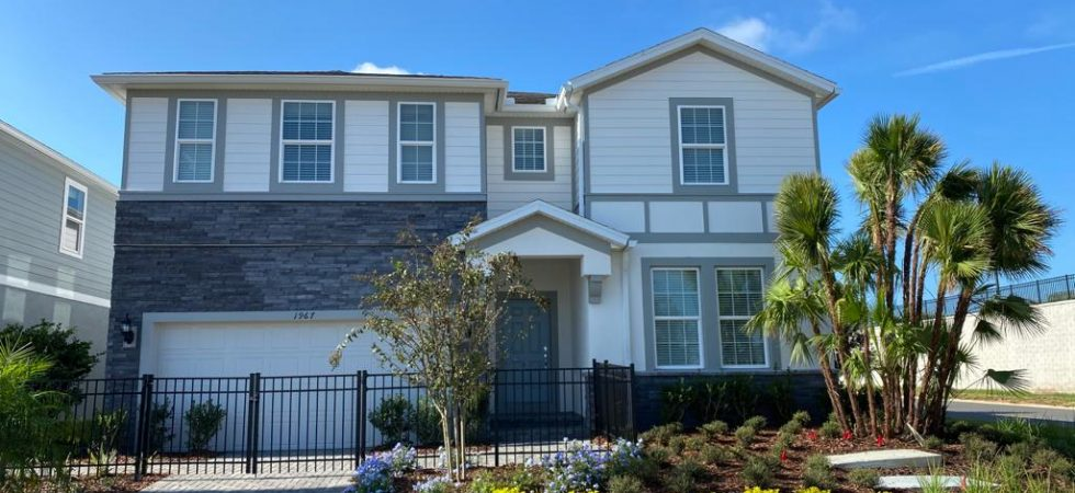 Model homes at Windsor Island